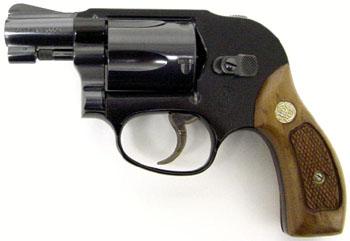 Smith & Wesson Model 38 Bodyguard в фильме Схватка